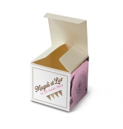 Wedding favour box pink flags