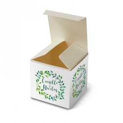 Wedding favour box green leaves